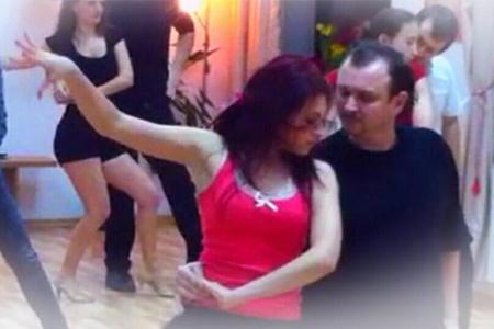 Dansuri de societate